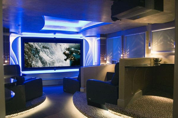 Ultra Luxury Home Theater Design With Custom Lighting