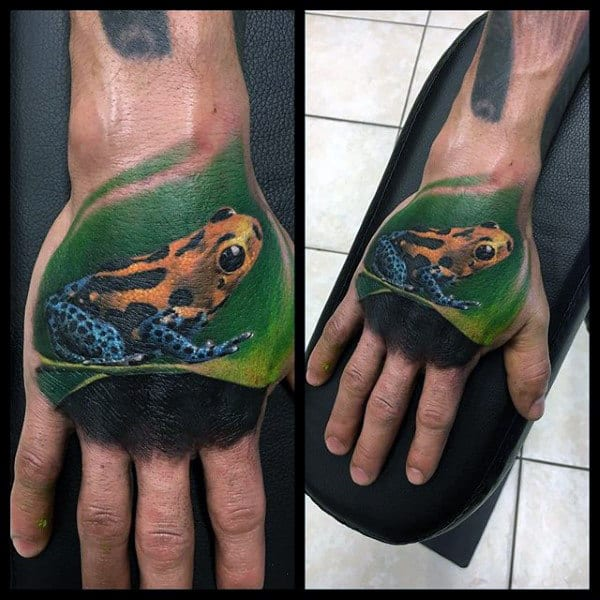 Ultra Realistic 3d Mens Frog Hand Tattoo Designs