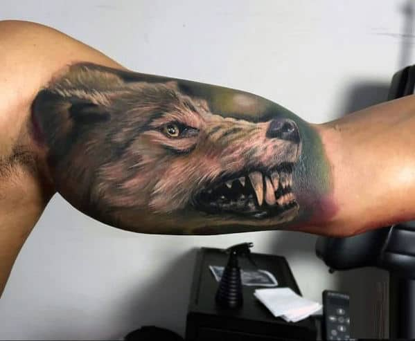 Ultra Realistic Mens 3d Growing Wolf Quarter Sleeve Tattoo