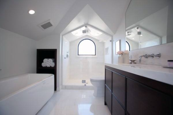Unique Bathroom Ceiling Ideas