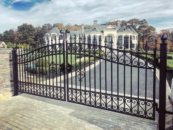 Unique Iron Metal Driveway Gate Ideas