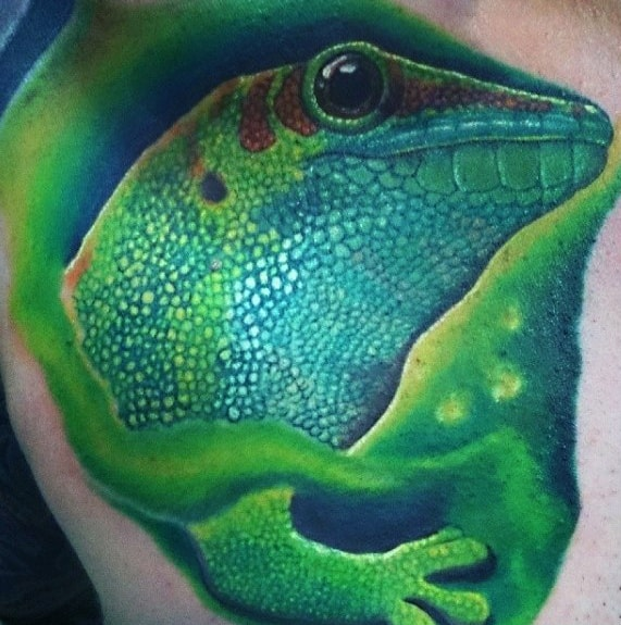 Unique Mens Gecko Tattoos On Back
