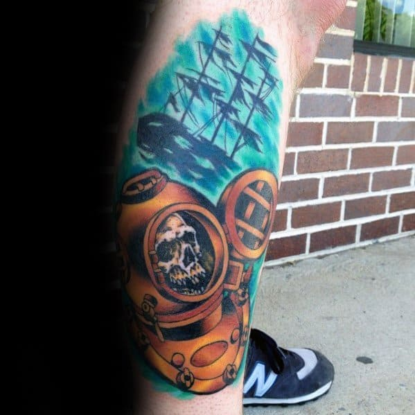 Unique Mens Skull Sunken Ship Diving Helmet Tattoos On Leg