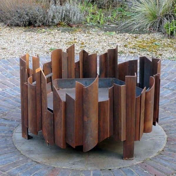 Unique Modern Metal Fire Pit Design Ideas