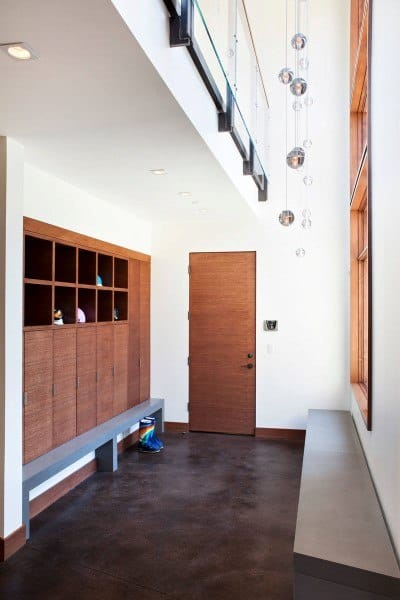 Unique Rustic Mudroom Ideas