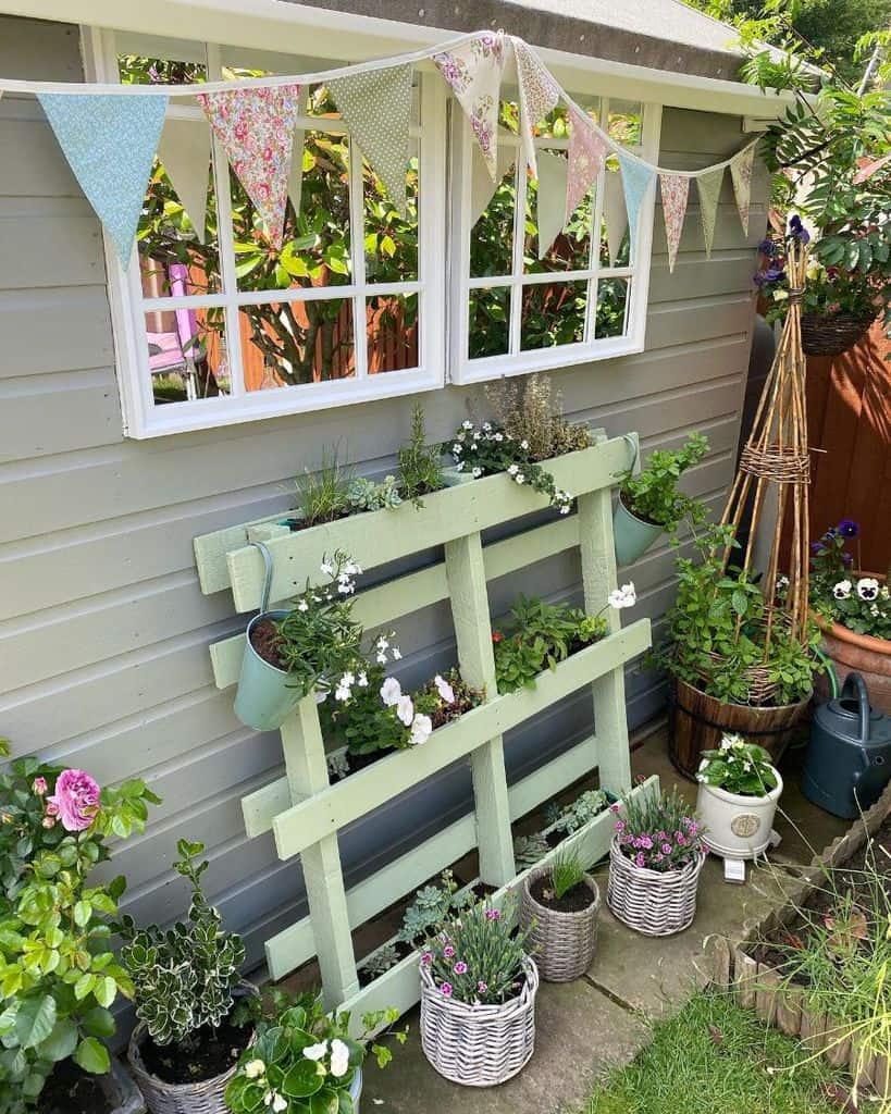 upcycled pallet garden ideas greenbank_interiors