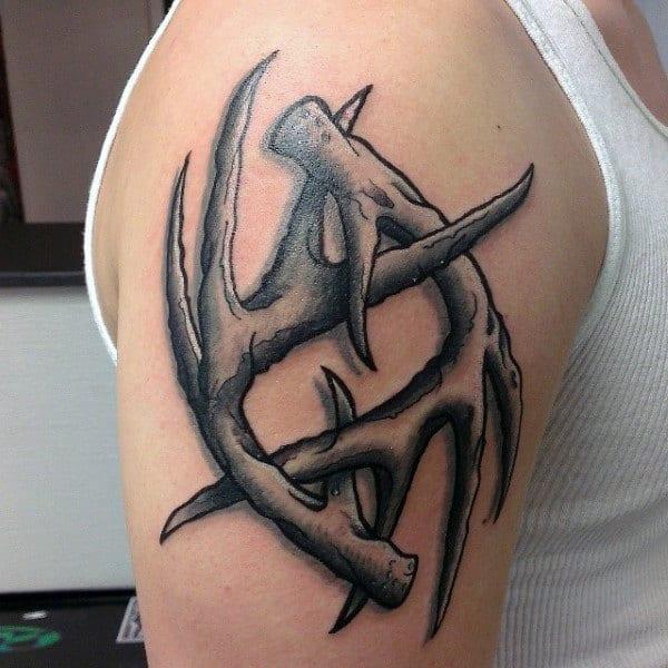 Upper Arm 3d Antler Tattoo For Guys