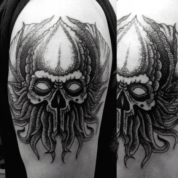 Upper Arm Detailed Cthulhu Skull Male Tattoo Ideas
