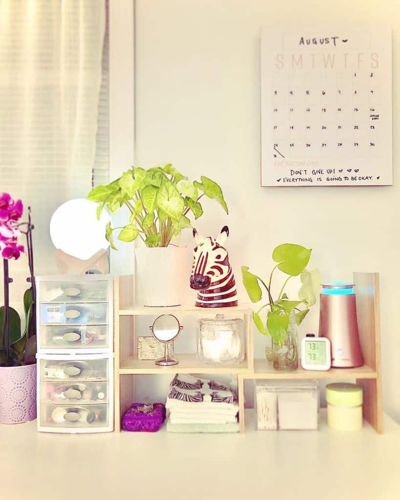 vanity and desk bedroom organization ideas limitdontexist
