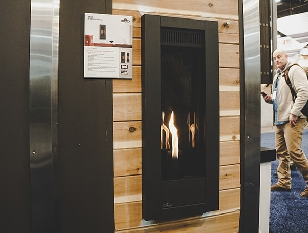 Vertical Gas Wall Fireplace 2019 Nahb Show