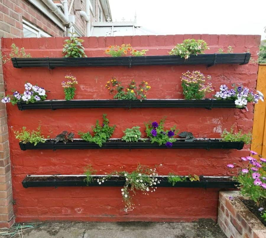 vertical planter garden ideas the_beast_mistress