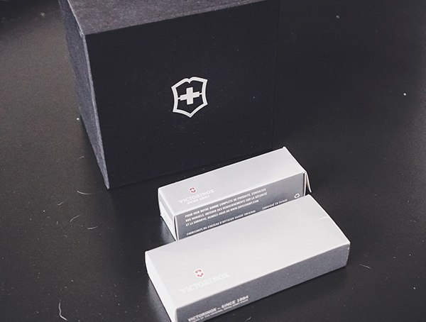 Victorinox Huntsman Review Box