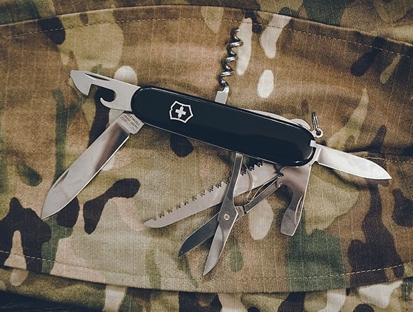 Victorinox Huntsman Swiss Army Knife Review