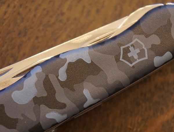 Victorinox Skipper Navy Camouflage Pattern Detail