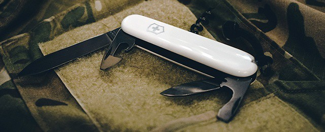 Victorinox Spartan PS Review – Monochrome Swiss Army Pocket Knife