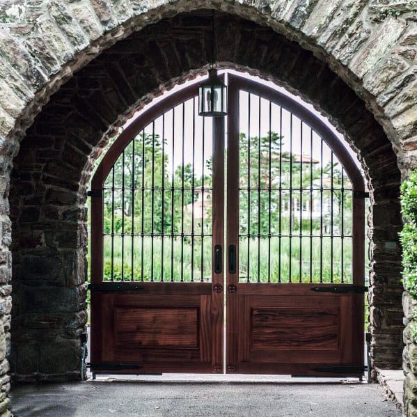 Wooden Tree Gate Design: Top 60 Best Driveway Gate Ideas