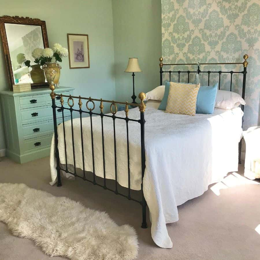 vintage bedroom decor ideas bellevuefarmhouse2home