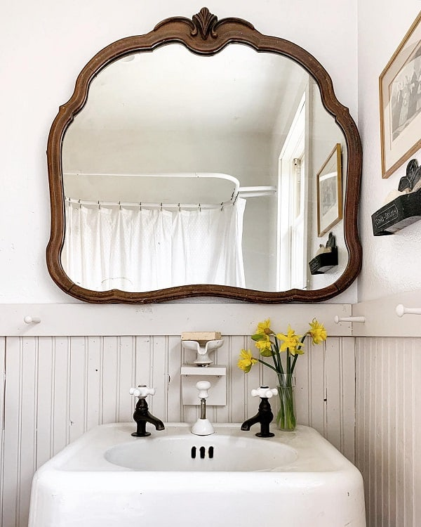 Vintage Farmhouse Bathroom Wainscoting Bloomingorchardsfarm