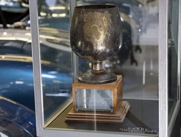 Vintage Racing Trophy Scca Road Racing Championship Shelby American Inc 1964over 2 Liter Champion