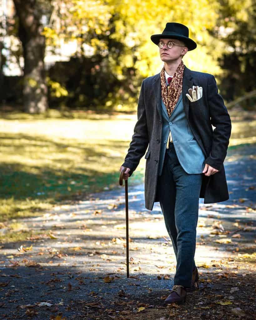 Vintage Victorian Suit Style