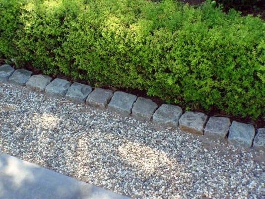 Walkway Gravel Stone Edging Design Ideas