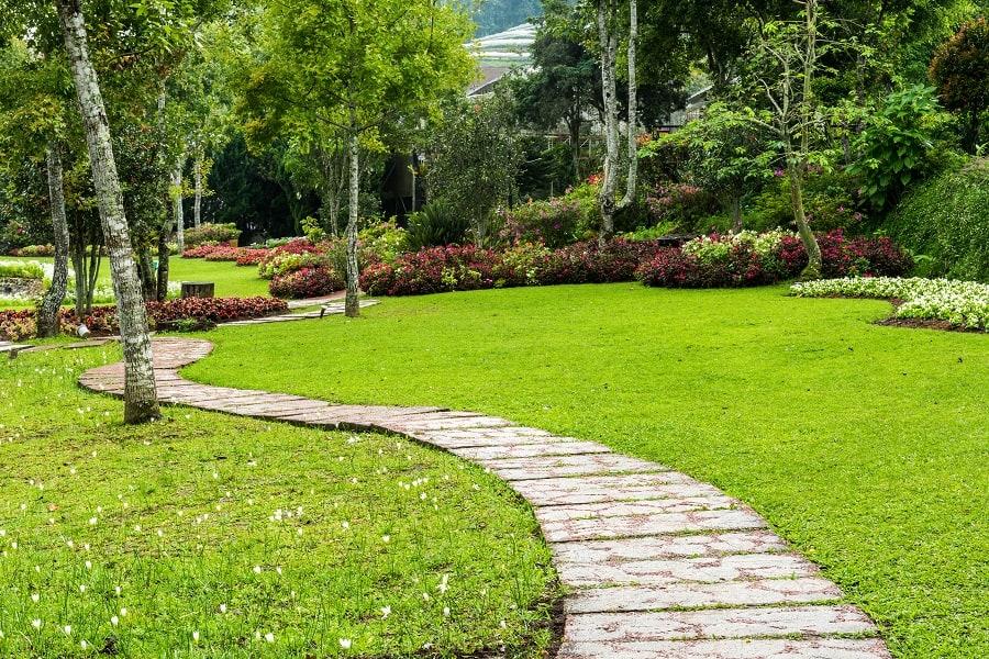 Modern Slab Stone Walkway Ideas