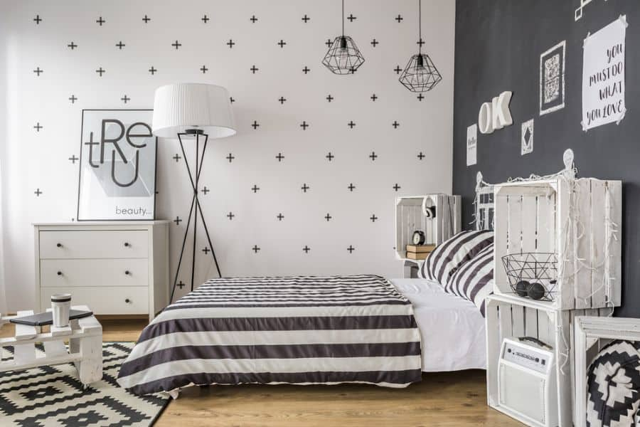 wall and ceiling black and white bedroom ideas 2