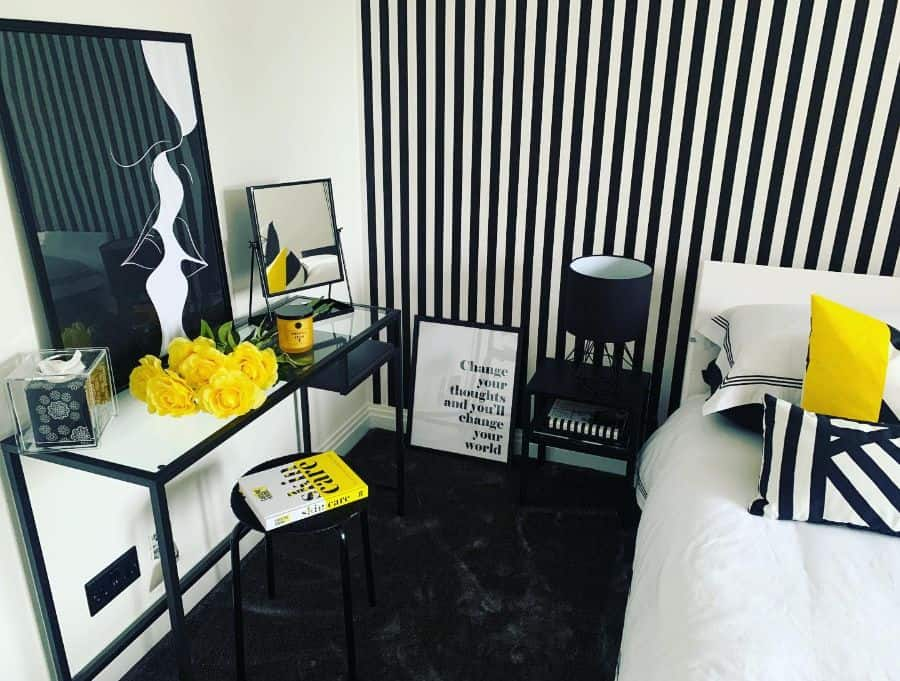 wall and ceiling black and white bedroom ideas the_lasthouse