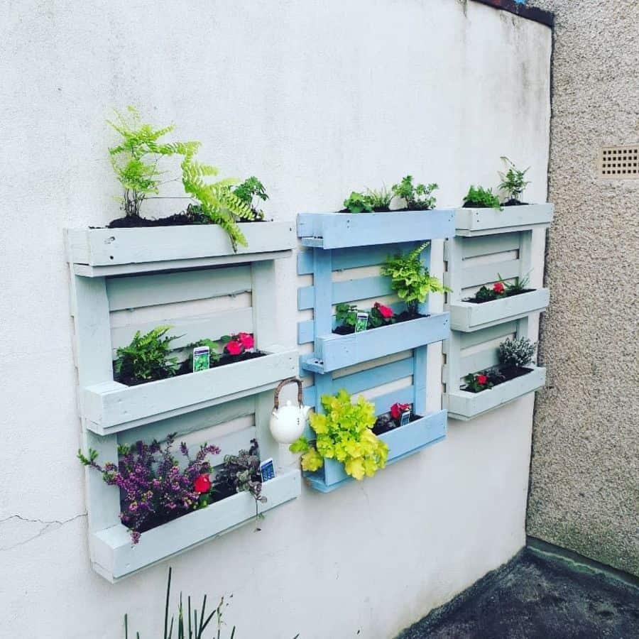 wall pallet garden ideas sew_darn_good