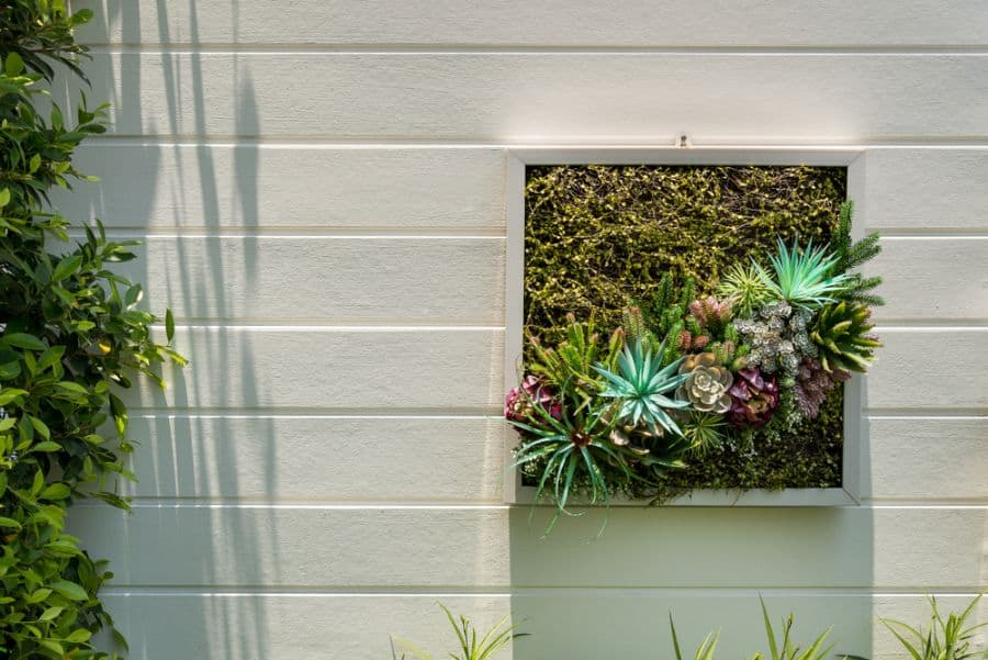 wall planter vertical garden ideas 2