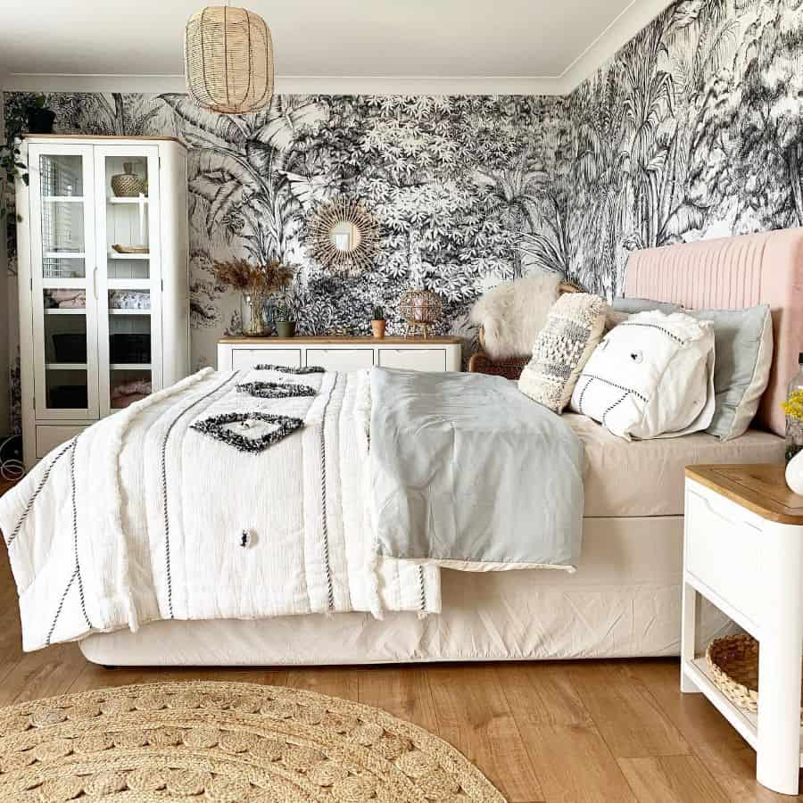 wallpaper bedroom ideas for women atthelisles