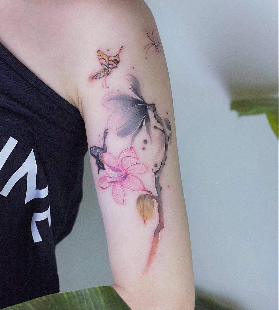 watercolor colored magnolia tattoos koizhou_tattooist