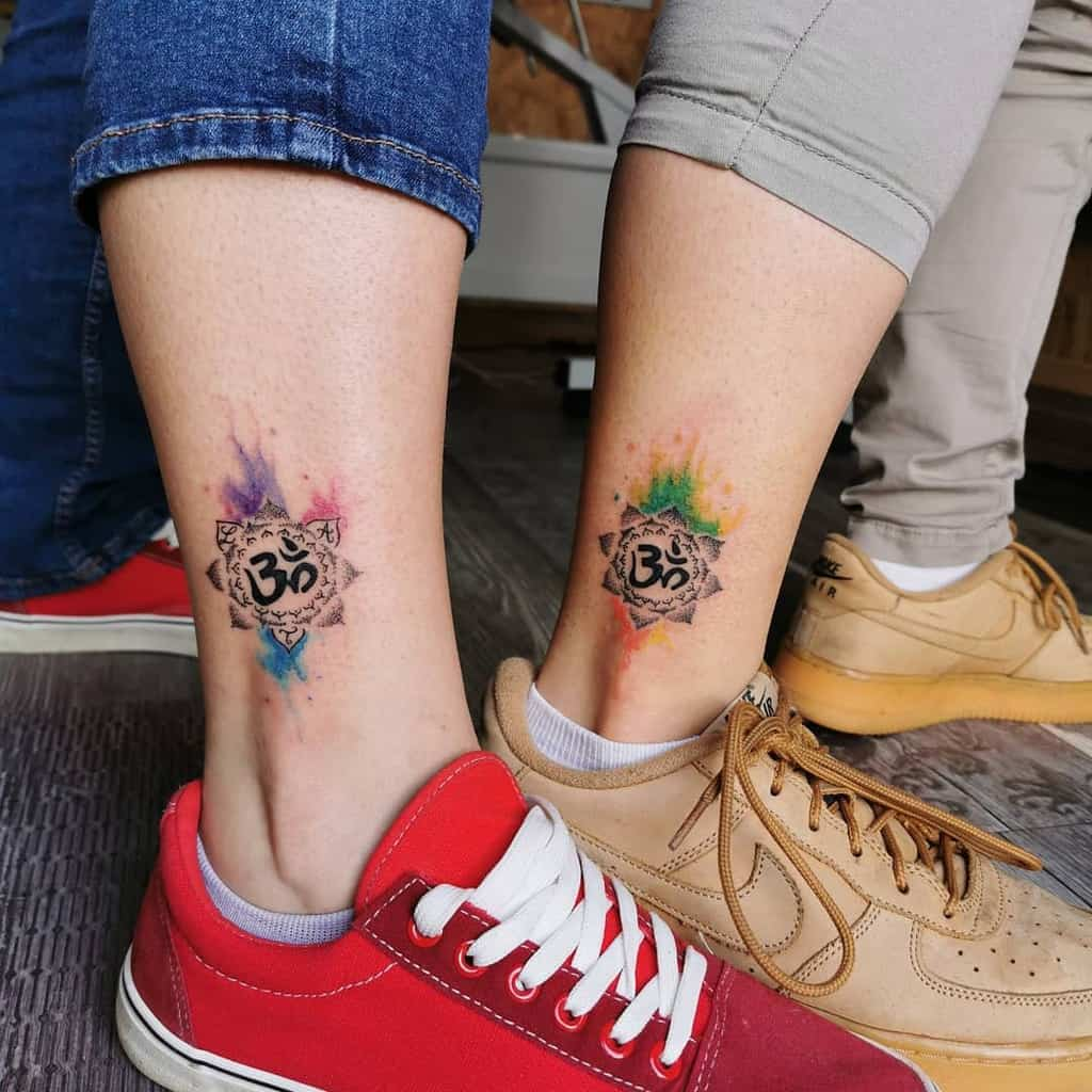 watercolor-inked-dotwork-sister-tattoo-colorful_therapy