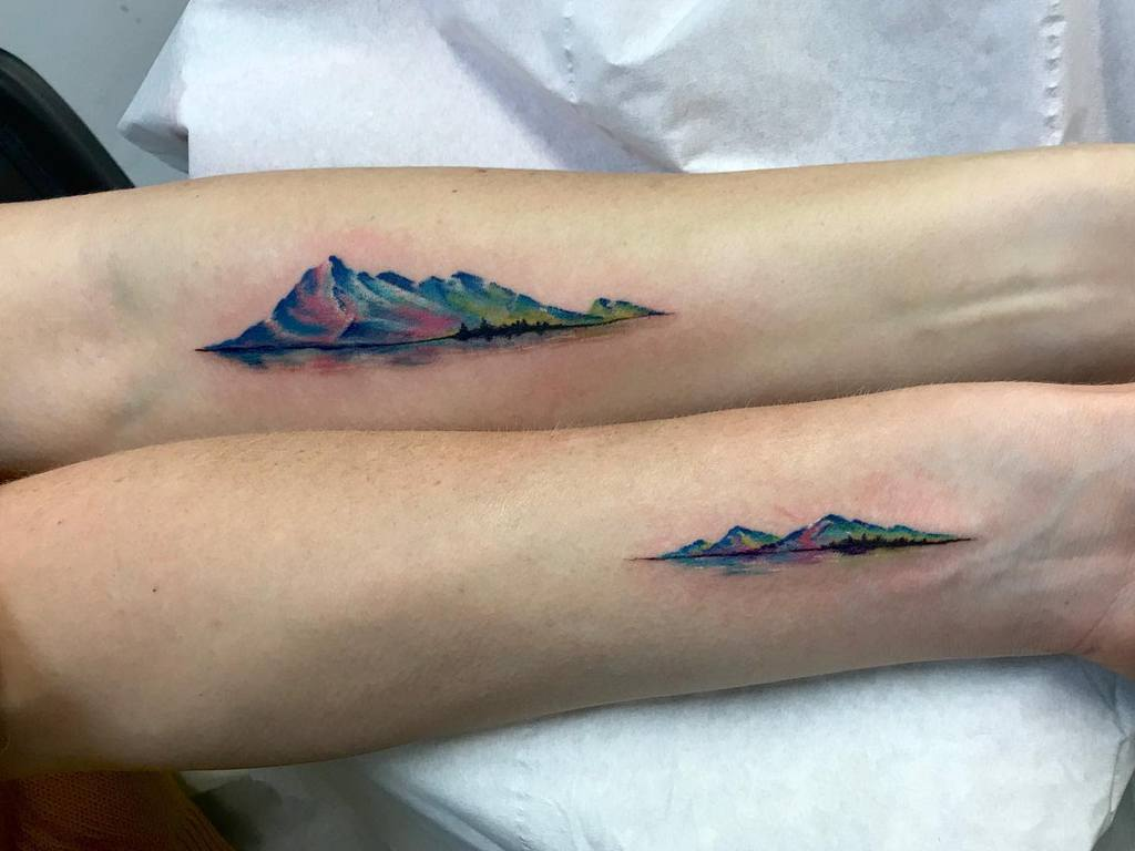watercolour-mountain-range-landscape-sister-tattoo-studioonederby