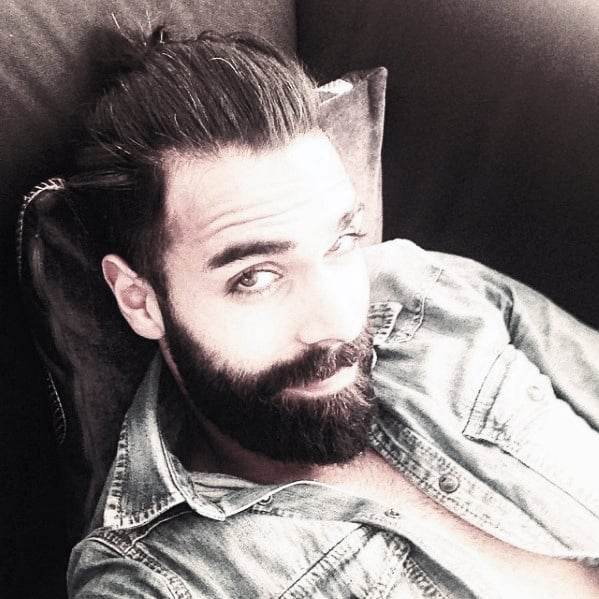 Well Groomed Guys Medium Beard Styles