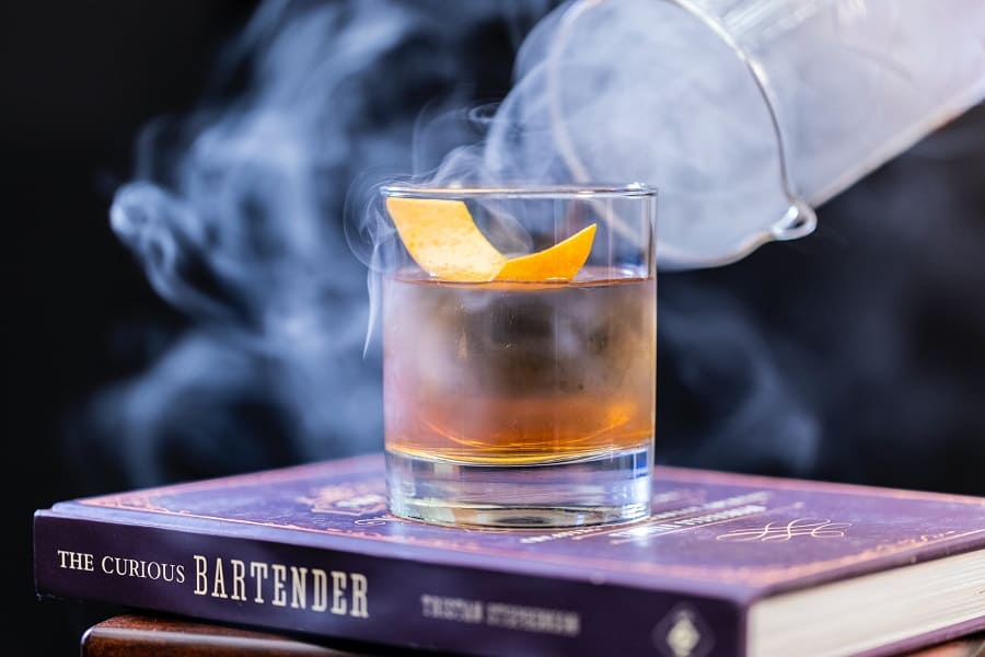 Whiskey vs Scotch – The Complete Guide