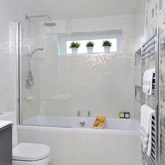 White Bathtub Tiles Ideas