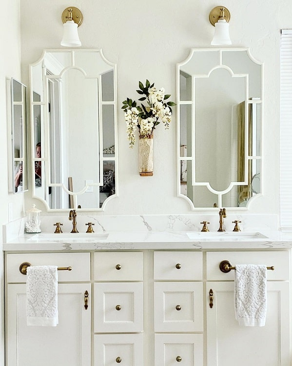 White Cabinets Farmhouse Bathroom Vanitykh Decor