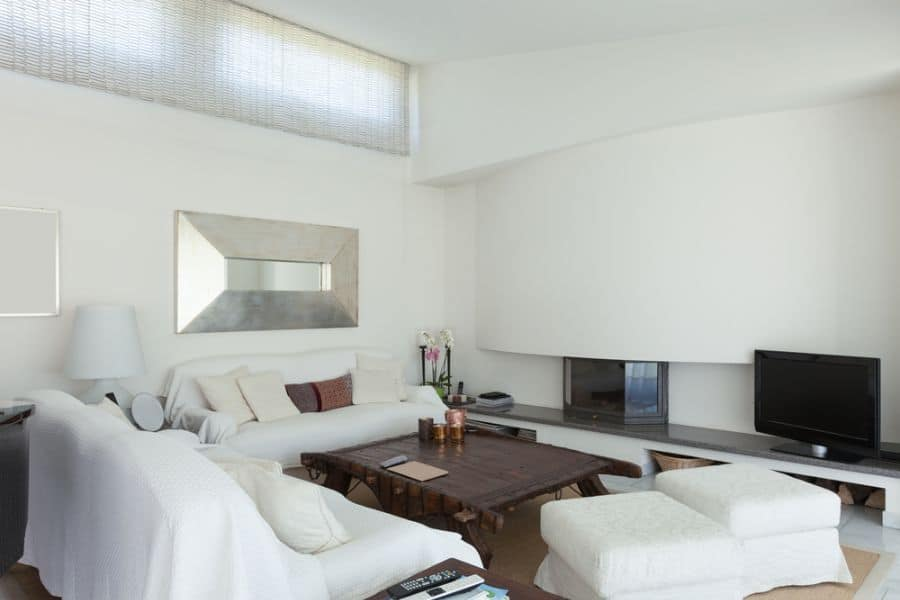 White Family Room Ideas 10