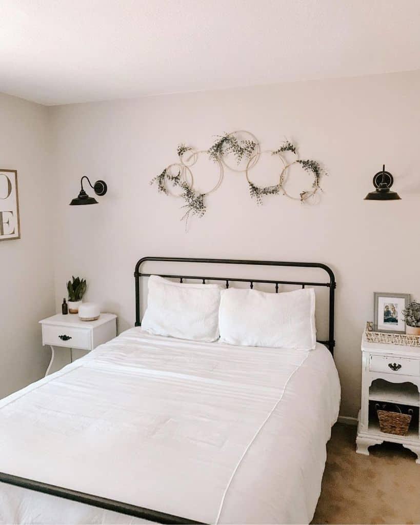 white farmhouse bedroom ideas danielleroseee