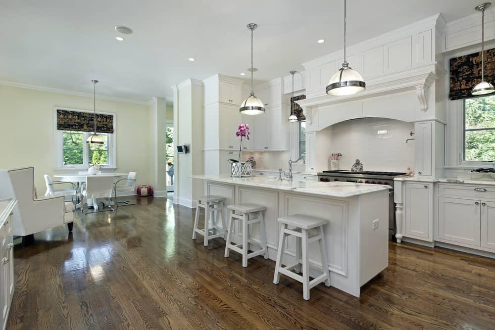 white farmhouse kitchen ideas 10