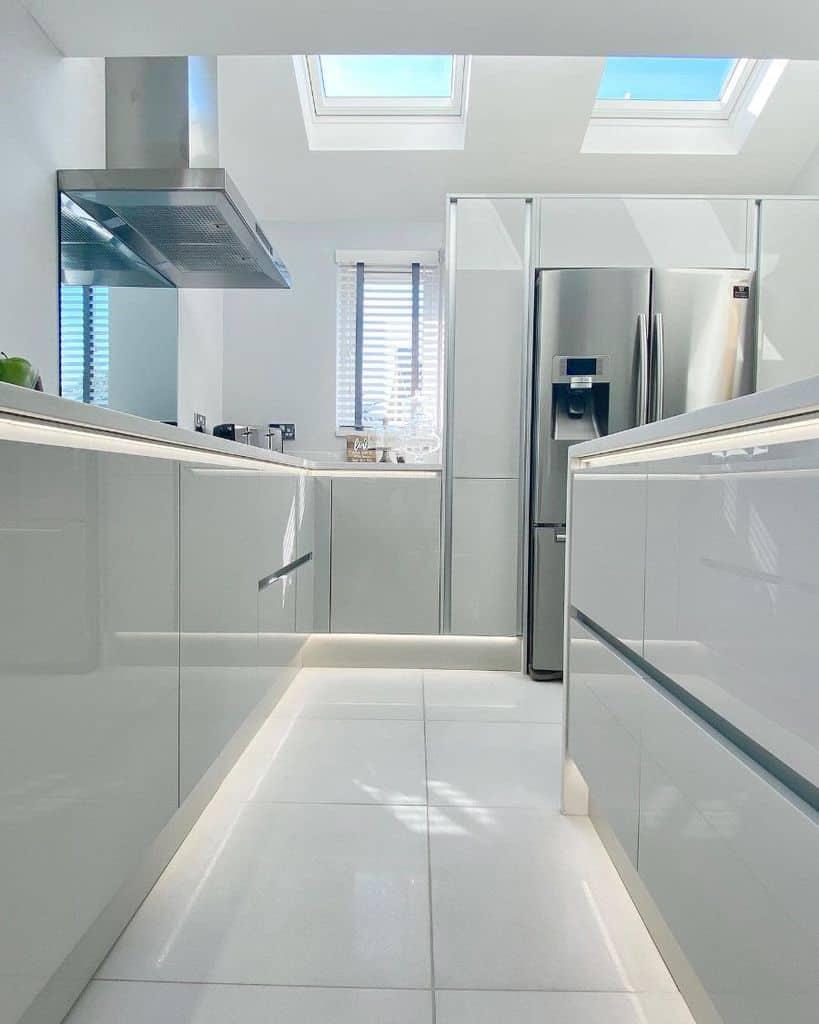 white galley kitchen ideas crystalcraftsmyhome