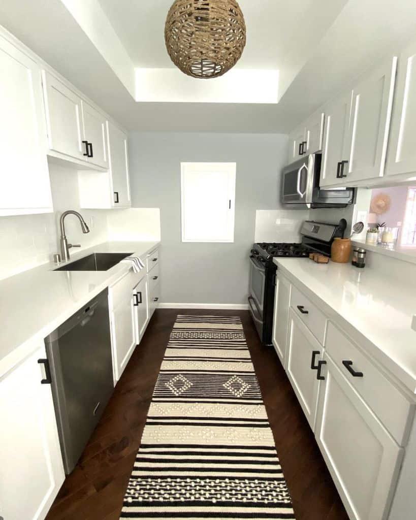white galley kitchen ideas realitygirl