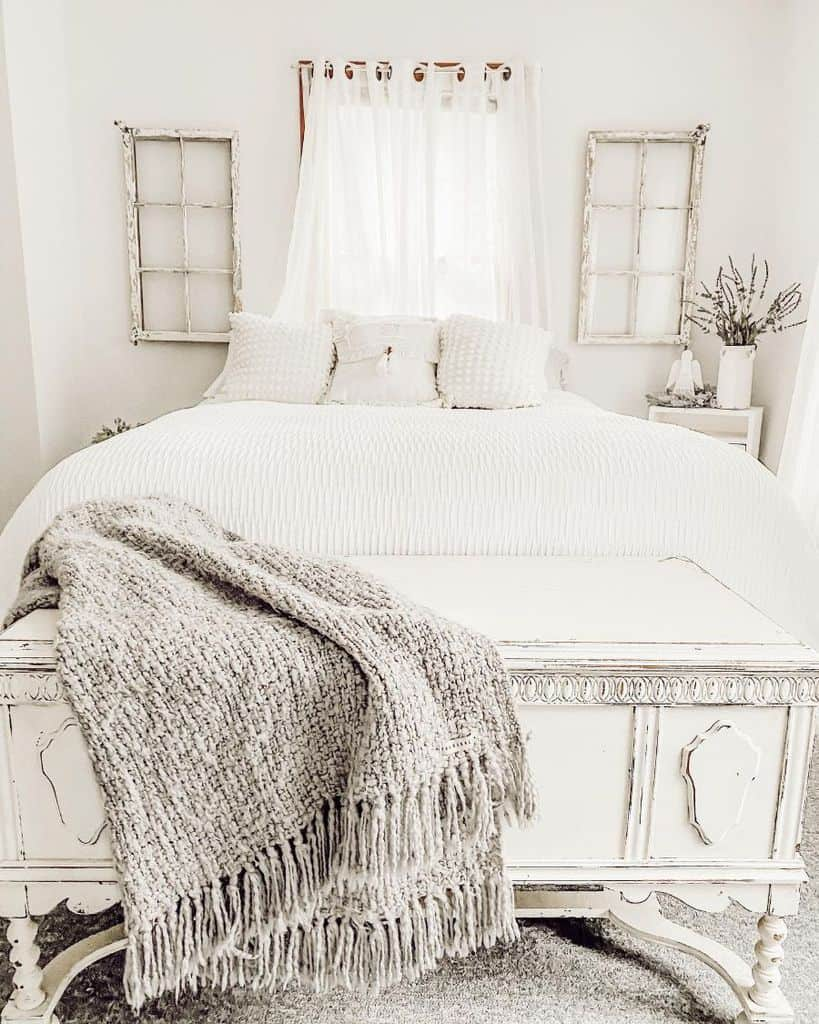 White Guest Bedroom Ideas Thecountrycolonial