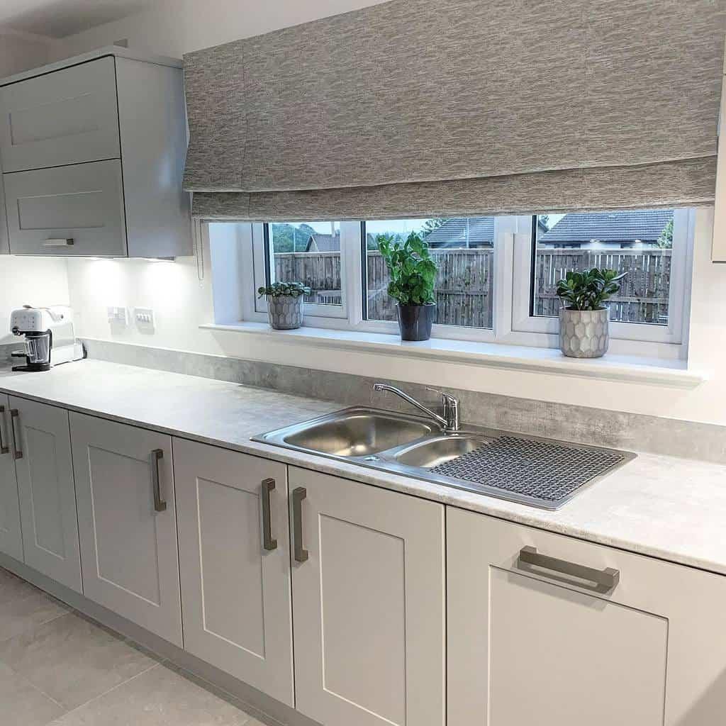 white kitchen color ideas bellway_sunningdale
