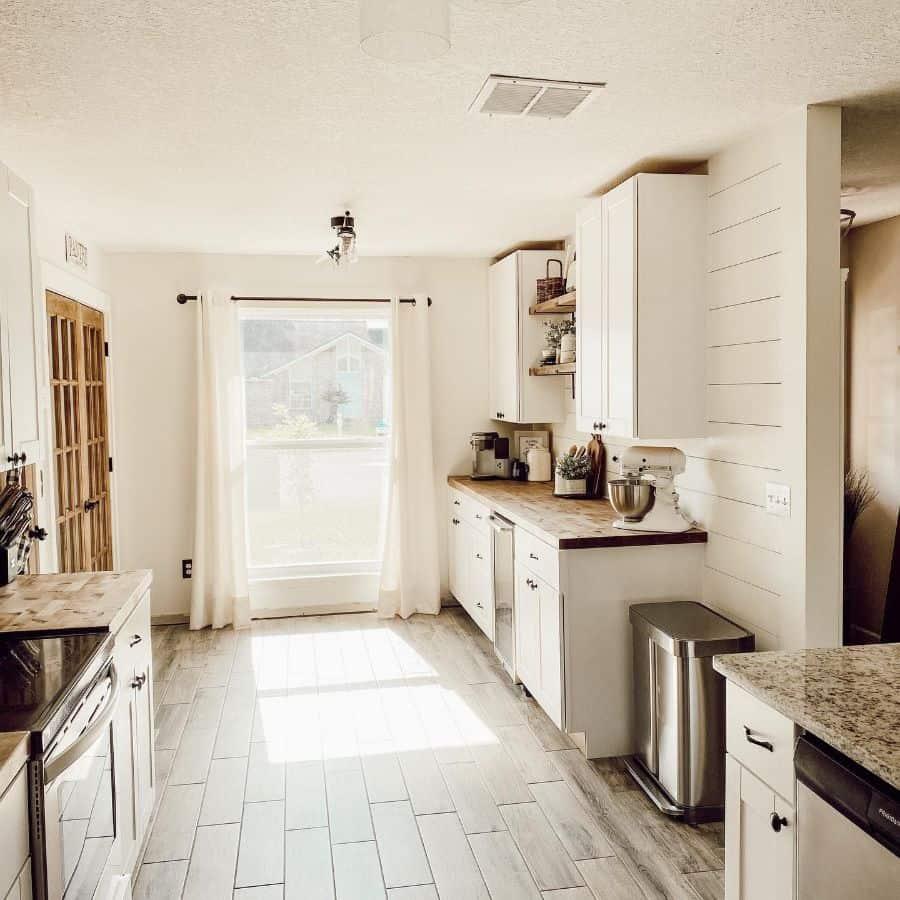 White Kitchen Color Ideas Lifeonnarrowoak