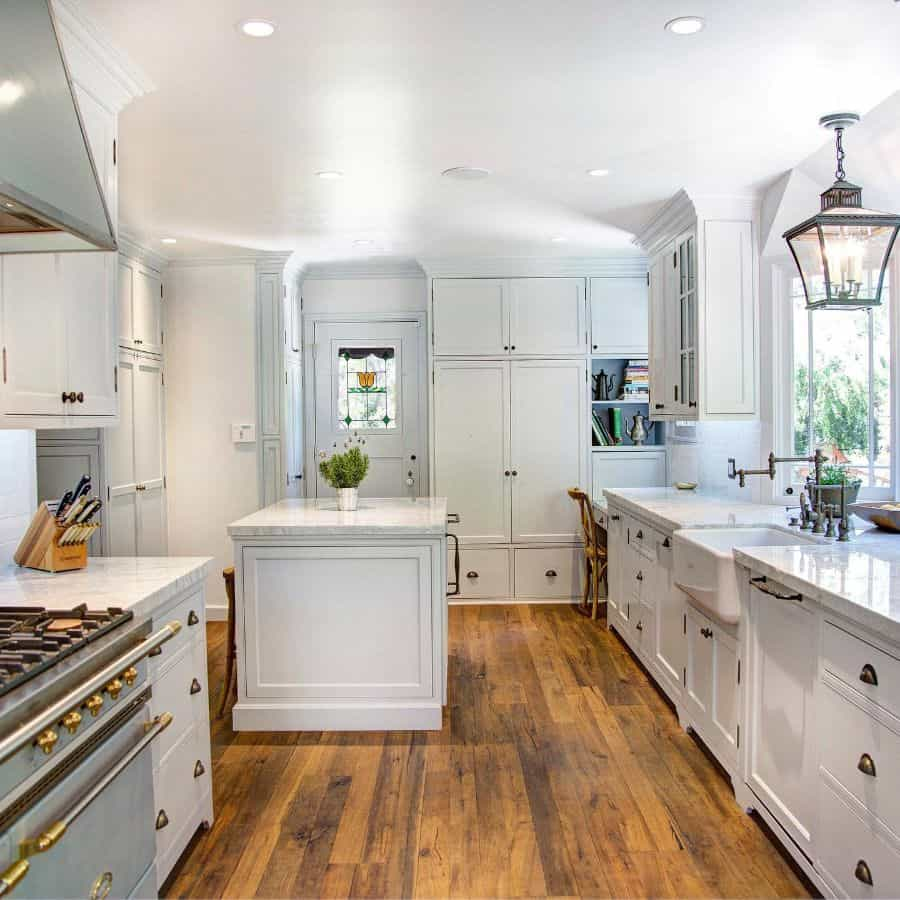 White Kitchen Modern Farmhouse Kitchen Marcarellidesign