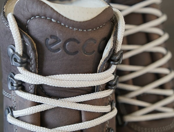 White Laces With Metal Hardware Mens Ecco Track 25 Hydromax Boots