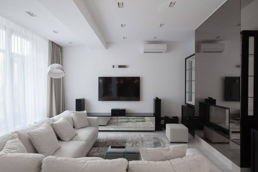 White Living Room Decorating Ideas 2