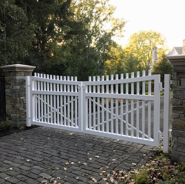 White Picket Fence Driveway Gate Ideas